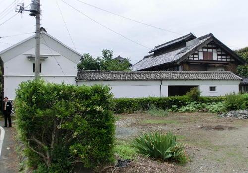 07立派な養蚕農家の屋敷.JPG