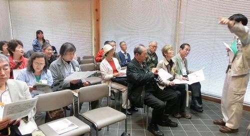 16ガイダンス施設上野国分寺館にてお話とビデオ.JPG