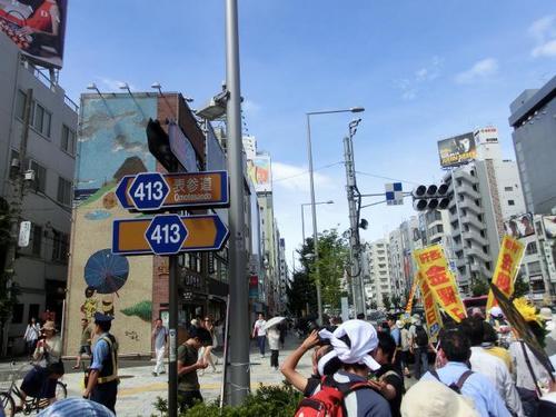 67青山通りに曲がる.JPG
