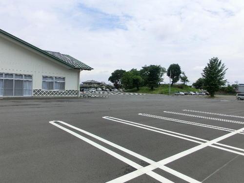01総社公民館駐車場から蛇穴山古墳.JPG