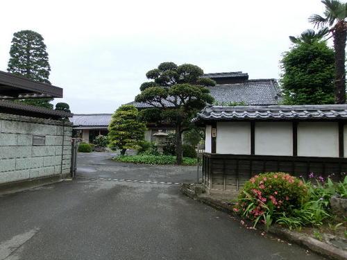 04立派な養蚕農家の屋敷.JPG