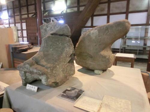 33石製のしび.JPG