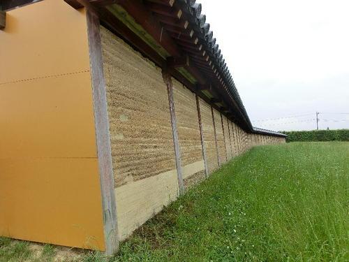 40築垣の内側から見た南西部の変形.JPG