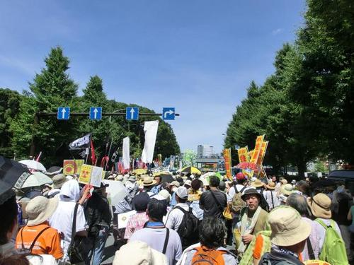 44デモのスタート地点.JPG